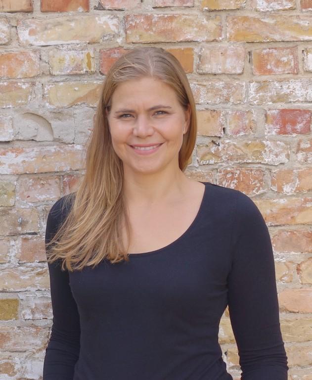 Jana Weiskötter business head shot